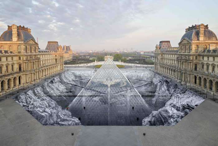 Paper installation at Louvre