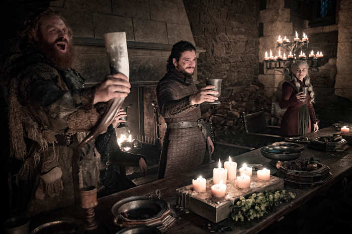 Turner claimed that the coffee cup was where Kit Harington's chair was.