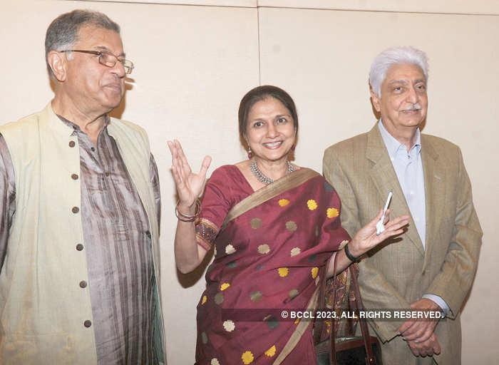 Girish Karnad (L) released Yasmeen Premji's novel 'Days of Gold & Sepia' with her husband Azim Premji (R) in Bangalore.