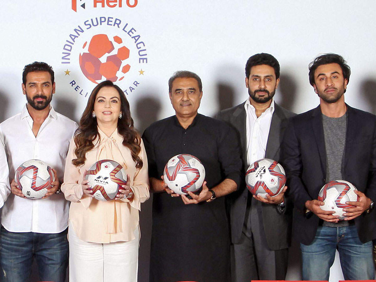 FSDL Chairperson Nita Ambani (second left) flanked by ISL club owners - John Abraham (right), Abhishek Bachchan (second left) and Ranbir Kapoor (left), and AIFF chief Praful Patel (C) in a group photo at their meeting in Mumbai.
