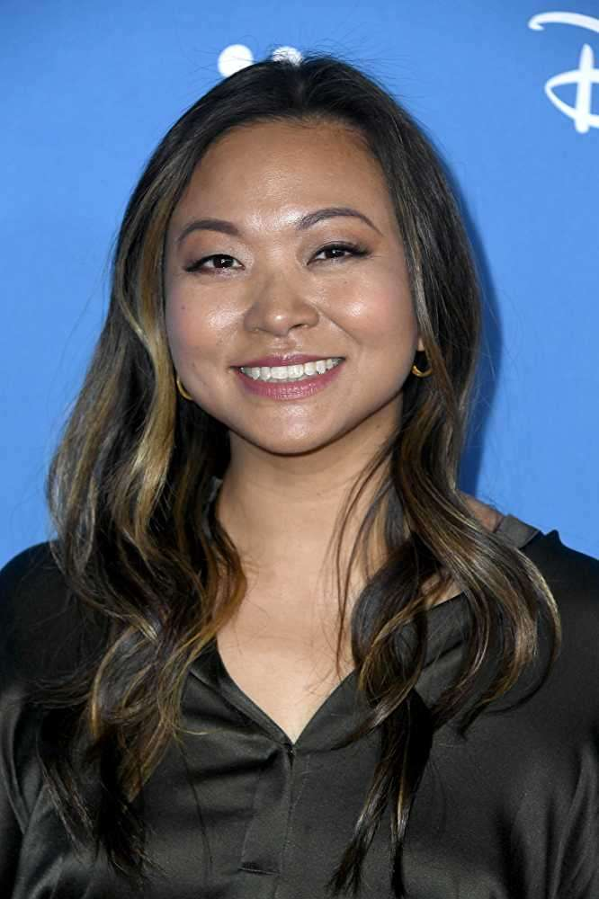 While starting offers for Peter Chiarelli were between $800,000 and $1 million, Adele Lim (in pic) was offered $110,000-plus only.