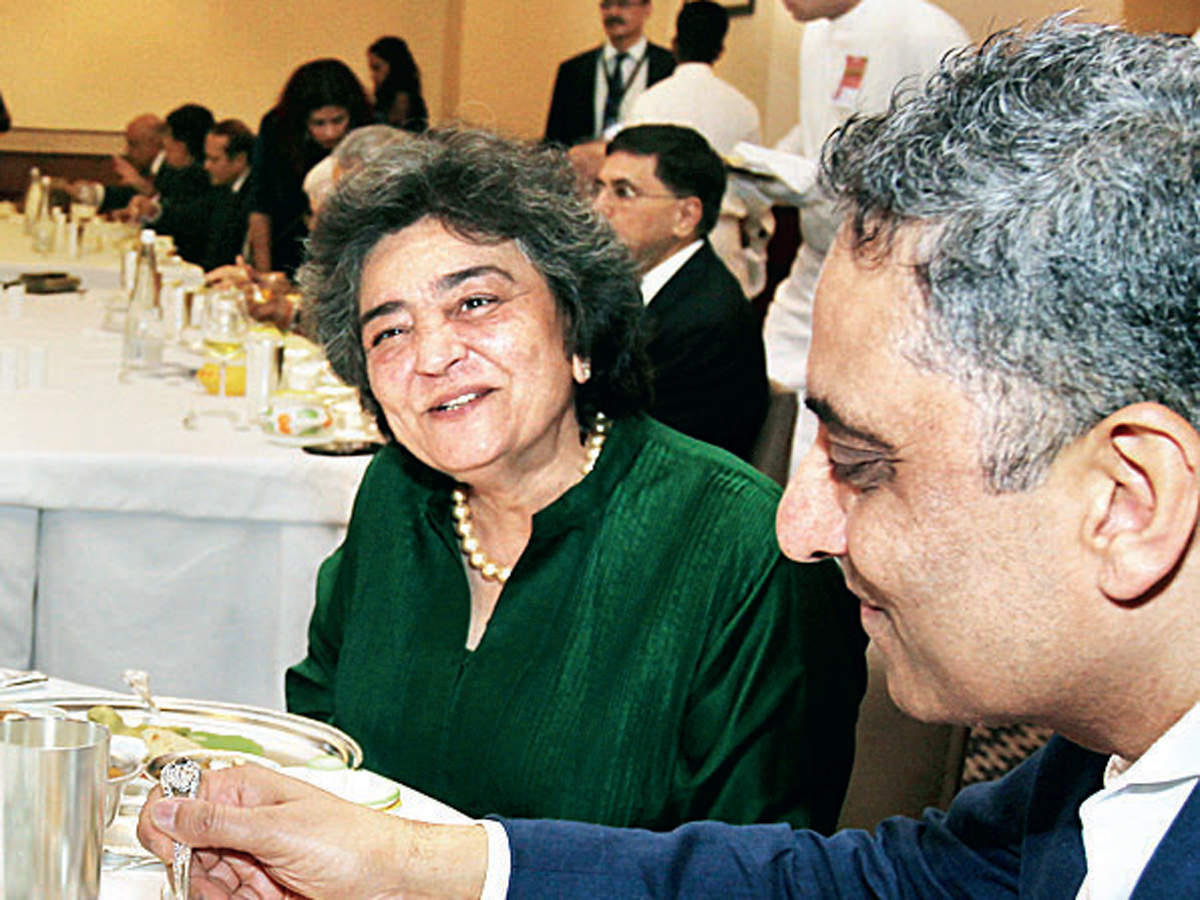 Zia Mody and Ashu Khullar are all smiles as they devour the delicious dishes served.