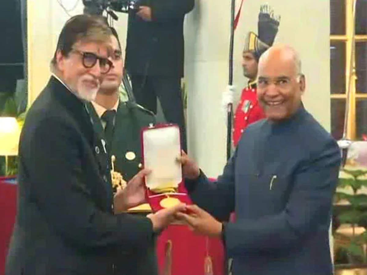 The Dadasaheb Phalke Award comprises a Swarna Kamal (Golden Lotus) medallion, a shawl, and a cash prize of Rs 10,00,000. (In pic: Amitabh Bachchan with Ramnath Kovind)