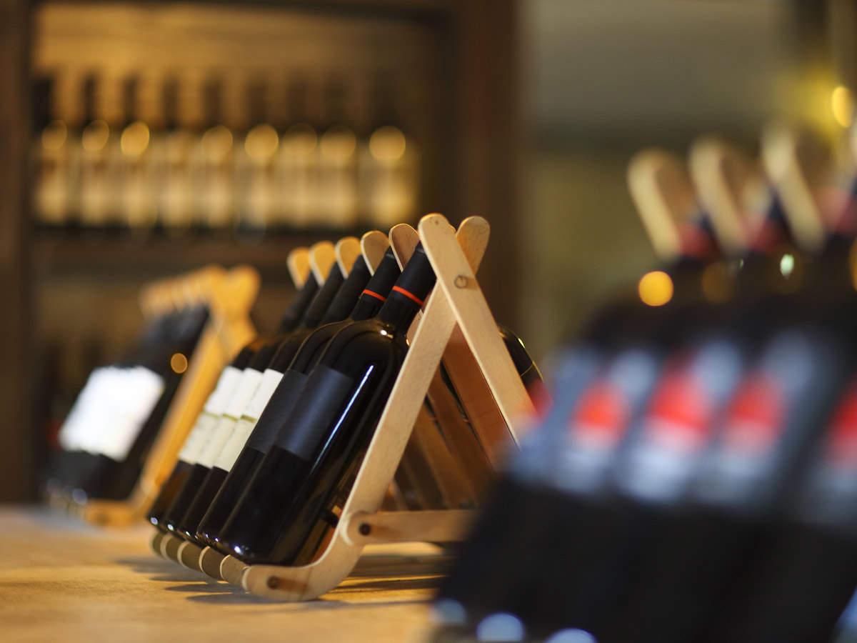 wine-vending machines_iStock