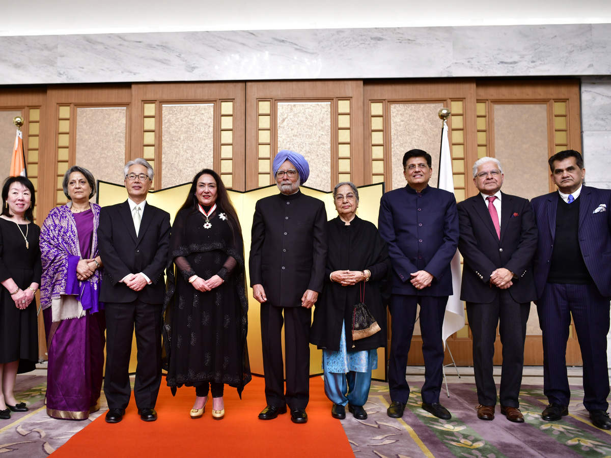 The reception in Delhi was attended by Piyush Goyal, Minister of Railways and former Indian Prime Minister Manmohan Singh as well as other guests, representing the Indian public and private sectors.
