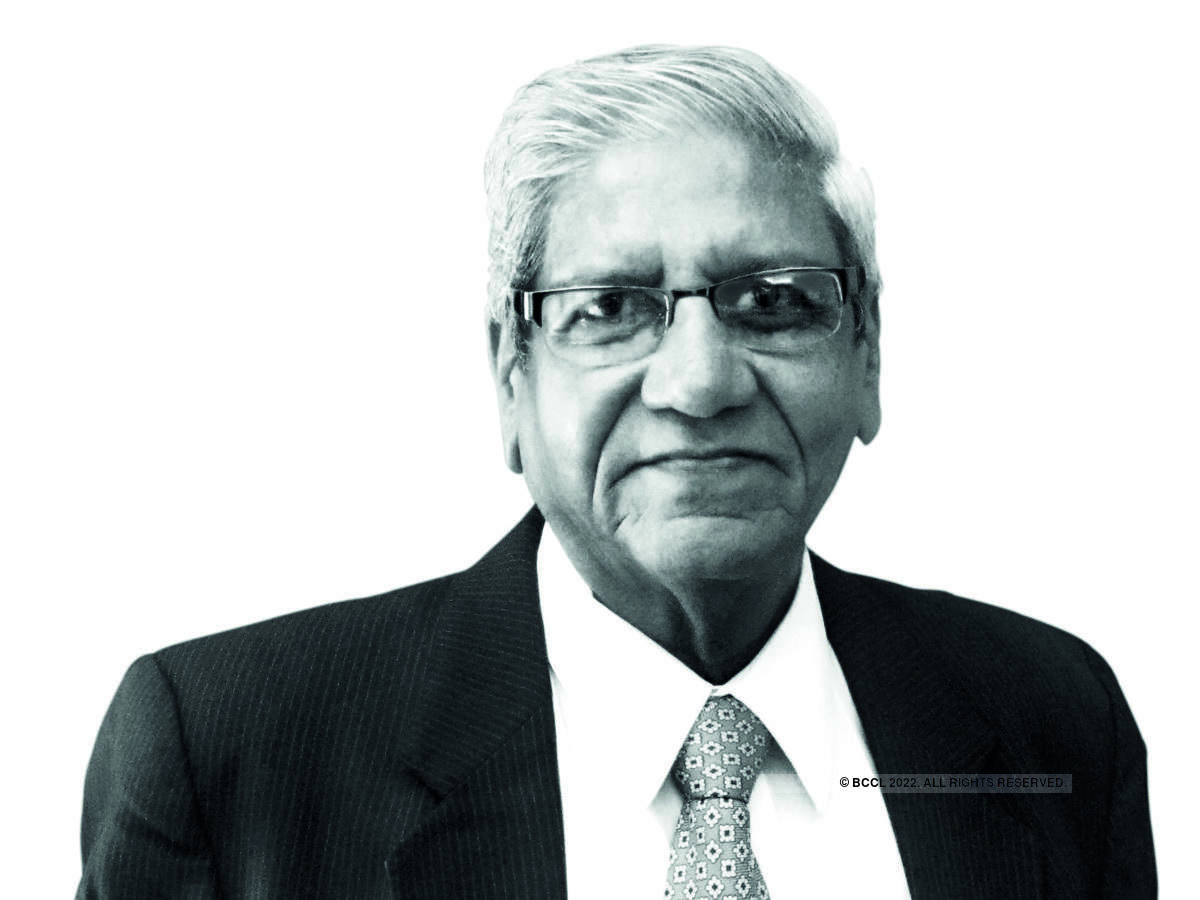 ​A veteran in his field, Vakrangee's Non-Executive Chairman Ramesh Joshi ​​has had a long and illustrious career spread over four decades.​