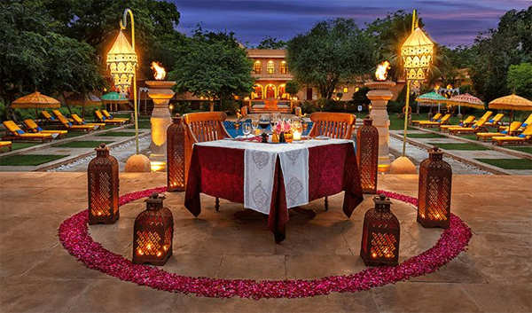 ​Spend more than just a romantic day at The Oberoi Rajvilas, Jaipur.