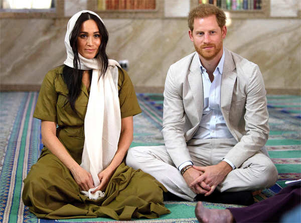 Harry and Meghan will walk away from most royal duties, give up public funding and try to become financially independent. 