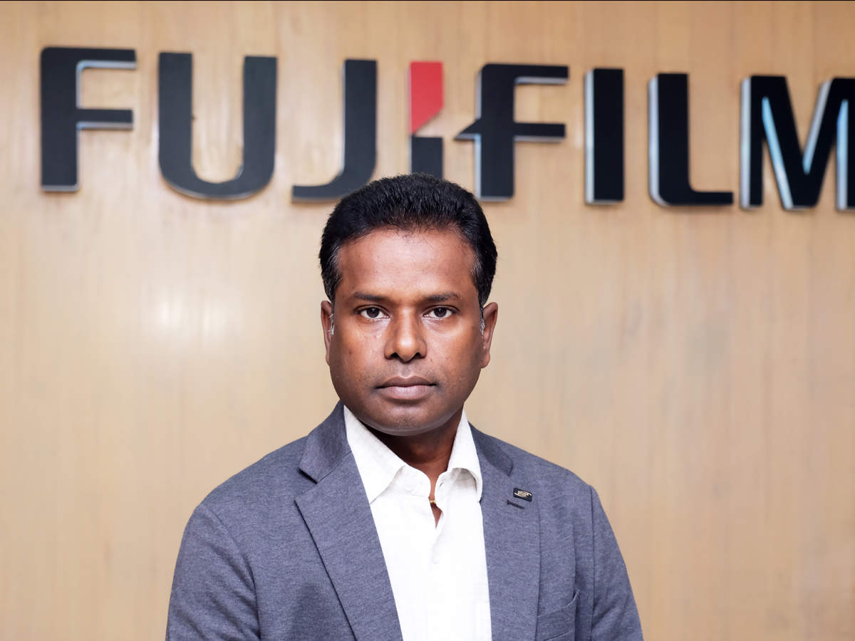 "Centhil Nathan, Head - Photo Imaging Business, Fujifilm India, said, ""At Fujifilm, we are constantly committed towards expanding the world of printing in India due to the growth of the smartphone and photo enthusiastic younger generation. Also, sharing printed photographs has been gaining a lot of interest among consumers. The important thing is experience and we want the customer to experience the 'wow' factor from Fujifilm Photo Imaging products."""