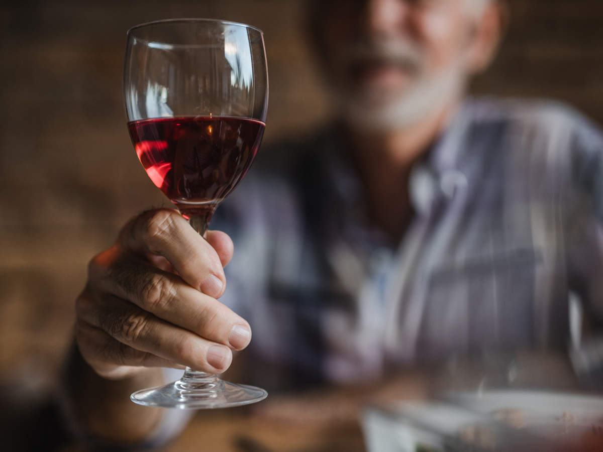The researchers also found similar internal patterns to those reported in previous studies, namely lower sales of wine on warmer days and much higher sales on Fridays and Saturdays than on Mondays.