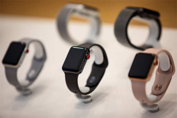 Some Apple Watch Series 3 and Series 5 models are listed as unavailable to buy online.