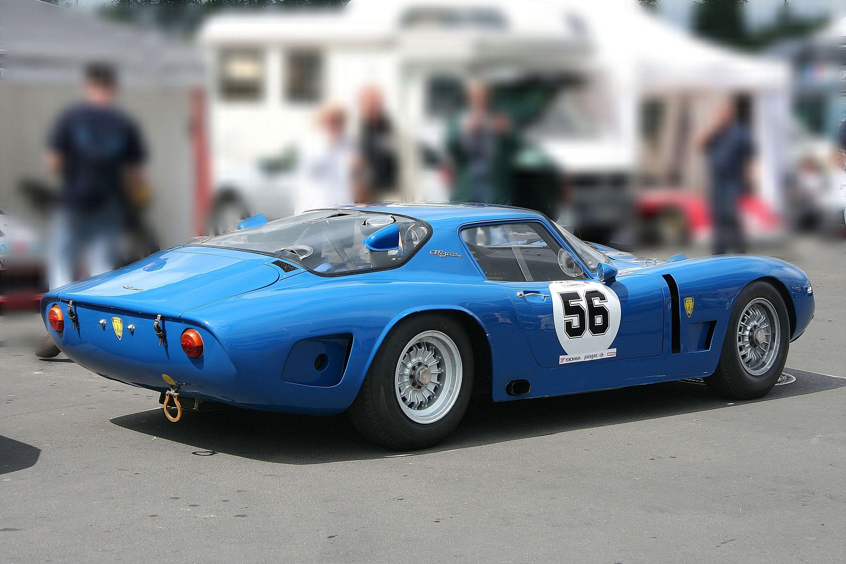 Bizzarrinis are still much more affordable; for decades, the presence of that Corvette engine kept Bizzarrini values well below those of the equivalent Ferrari, Lamborghini, or Maserati cars because purists and collectors considered it sacrilegious to have American parts in Italian cars.