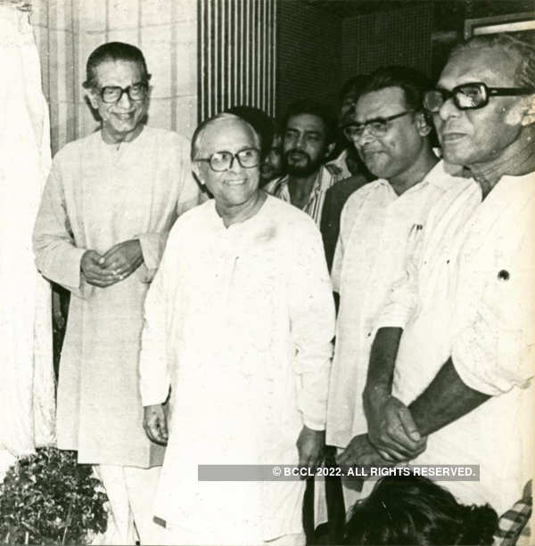 File Photo: ​Jyoti Basu with Satyajit Ray and Mrinal Sen at the inauguration of Nandan on 2nd Sept, 1985.​