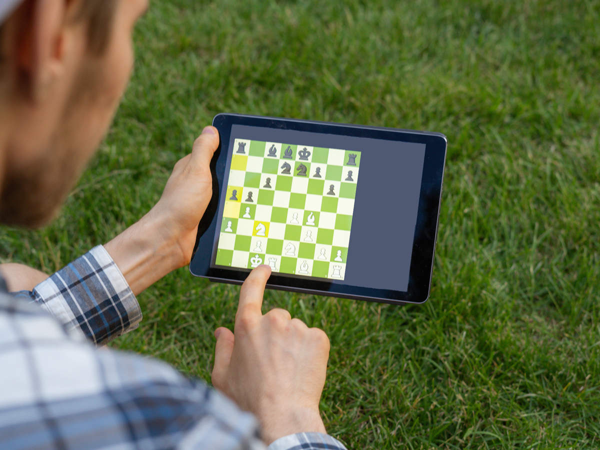 game-online-chess_iStock