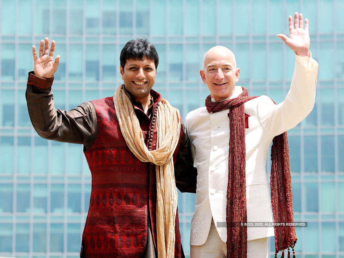 When Bezos visited India, he engaged in a conversation with Agarwal about the vision of Amazon India and how the two plan to expand the company and take it to great heights.