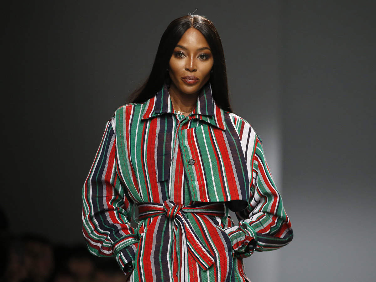 Supermodel Naomi Campbell -- the first Black woman to appear on the cover of French Vogue -- is publicly calling for equal pay for models of color.