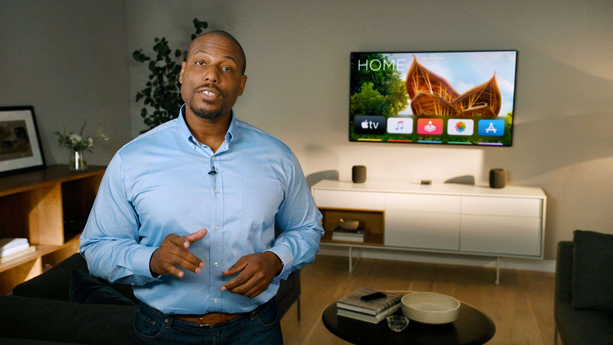 ​Apple senior engineer Yah Cason​ discusses about the new features of tvOS.