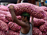India's onion crisis is giving a tough time to people with its pricey stink