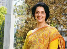 Meera Sanyal conferred ETPWLA 'Lifetime Achievement' award posthumously