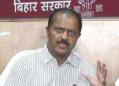 AES deaths: Children shouldn't sleep empty stomach, advises Bihar Chief Secretary