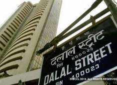 Sensex slips 250 points, Nifty drops below 11,000 on weak global cues