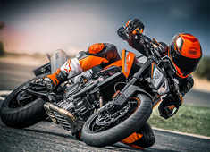KTM Duke 790 launched at Rs 8.64 lakh