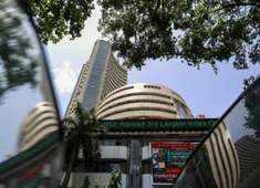 Sensex jumps over 150 points, Nifty tops 10,900; Hero Moto rallies 4%