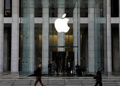 Apple launches COVID-19 information app, website
