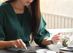 How women can financially prepare for a divorce
