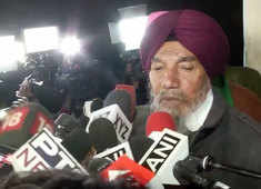 Farmers Union rejects govt proposal to suspend farm laws, will hold tractor rally in Delhi on Jan 26