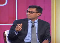 Lack of trust between entrepreneurs, bureaucrats: Sachin Bansal at ET Startup Awards 2018