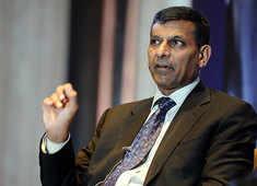 Raghuram Rajan on jobs:  AI threatens skilled employees