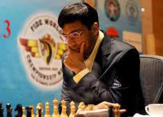 Charity Chess: Entrepreneur Nikhil Kamath admits taking 'help' to beat Viswanathan Anand, apologises