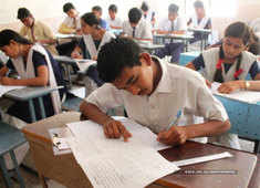 CBSE class 12th evaluation criteria to keep offline exams for dissatisfied students
