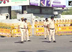 India lockdown: Delhi Police blocks roads leading to border areas to prevent mass exodus