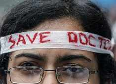 Doctors on nationwide strike today in solidarity with West Bengal doctors