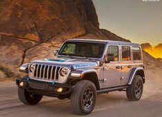 Rechargeable Jeep Wrangler makes electric debut