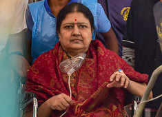 VK Sasikala tests positive for COVID-19 ahead of her release from jail on Jan 27