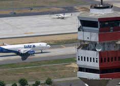 AAI issues SOP for airports; Aarogya Setu app not mandatory for children below 14