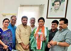 Delhi: Former AAP leader Alka Lamba joins Congress in presence of PC Chacko