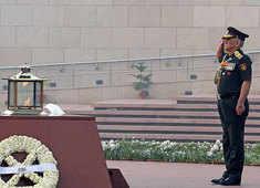 Delhi: CDS Gen Bipin Rawat pays tribute at National War Memorial