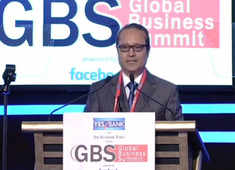 Times Group MD Vineet Jain welcomes PM Modi at ETGBS 2019