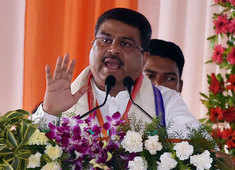 Hike in fuel prices 'Temporary', Says Dharmendra Pradhan