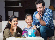 How parents can develop healthy money habits in their kids