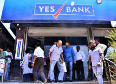 SBI prepares Rs 20,000 cr bailout plan to rescue Yes Bank