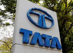 Change of guard at Tata Motors, Guenter Butschek to step down as CEO & MD From June 30, 2021