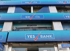 Yes Bank forms search panel to identify new CEO