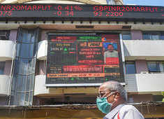 Sensex snaps 3-day rally, dips 130 points despite RBI rate cut