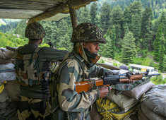 J-K: Security Forces cordon off an area in Srinagar over presence of two terrorists
