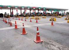 FASTag mandatory for all vehicles, violators to pay double toll fee